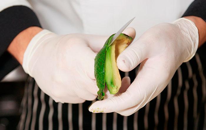 Contaminación cruzada en la cocina: síndrome látex-fruta - Fundación FSA